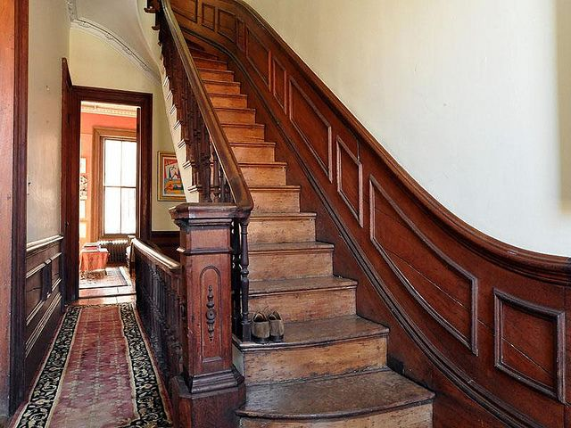 Columbus square boston victorian interior stairway bannister wainscoting woodwork by techpro12 for Victorian woodwork