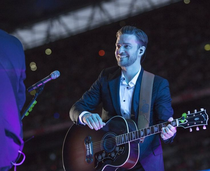 Justin Timberlake smiles at Wembley Stadium performing a surprise acoustic set. | The Summertime Ball 2013 Highlights - Pictures - Capital FM