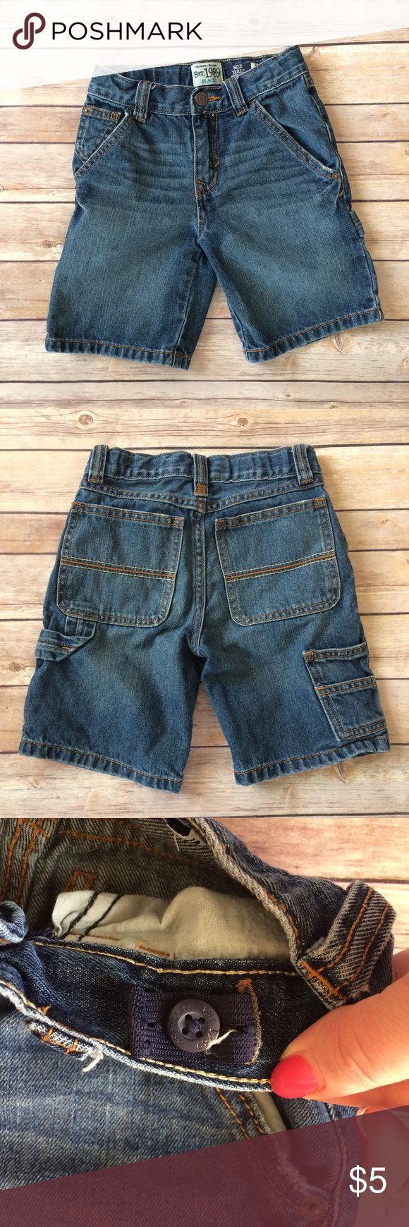 Children's Place Carpenter Shorts Blue denim carpenter shorts with an adjustable waist. Mild fraying on pocket edges (no stains or holes). 11505 Children's Place Bottoms Shorts