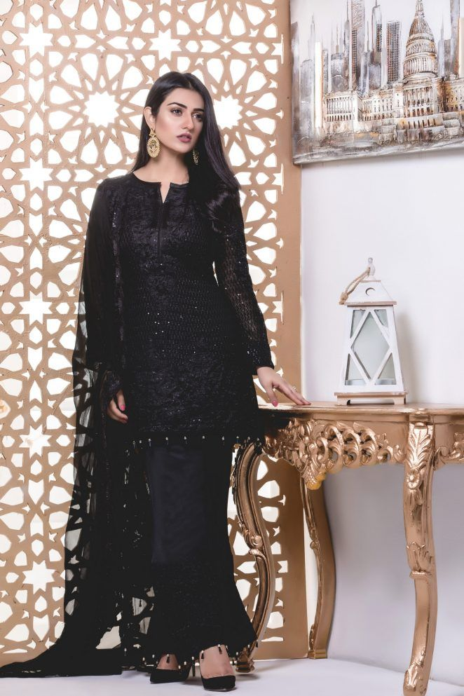 Z S Textile Chiffon Embroidered Collection 2018 By Mahrukh Https Www Womenclub Pk Z S Black Pakistani Dress Designer Party Wear Dresses Stylish Party Dresses
