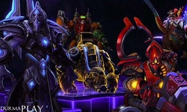 http://www.durmaplay.com/News/yeni-kahraman-kostum-ve-binekler   Blizzard'in Glenn Stafford ve Jason Hayes gibi isimleri alarak gelistirdigi ve geçtigimiz 2 Haziran'da oynamasi ücretsiz olarak oyun dünyasina sundugu popüler MOBA oyunu Heroes of the Storm için yeni kahramanlarin, kostümlerin ve bineklerin yakinda oyuna dâhil edilecegi duyuruldu  Battle