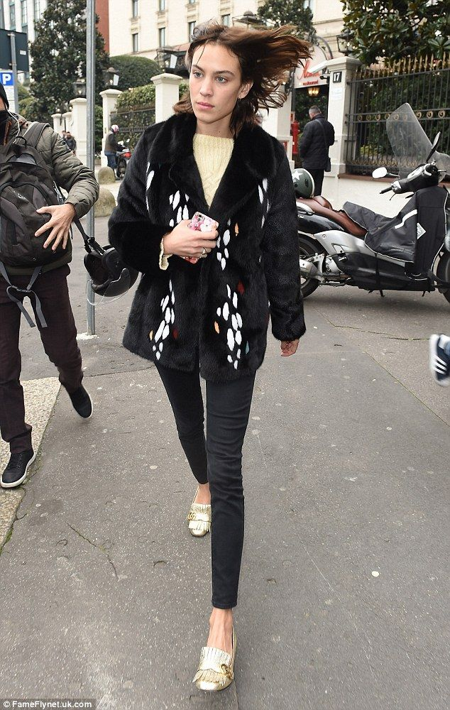Off-duty beauty: Alexa Chung continued her impeccable style run as she was…