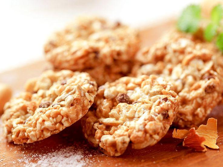 Gesunde Kekse Meine Kinder sind verrückt nach Keksen. Leider sind die käuflichen sehr stark Zucker-haltig. Ich habe ihnen jetzt eine gesunde Variante 'gebastelt' die sie sehr gerne mögen und die ich ihnen auch ohne schlechtes Gewissen geben kann. http://einfach-schnell-gesund-kochen.de/gesunde-kekse/