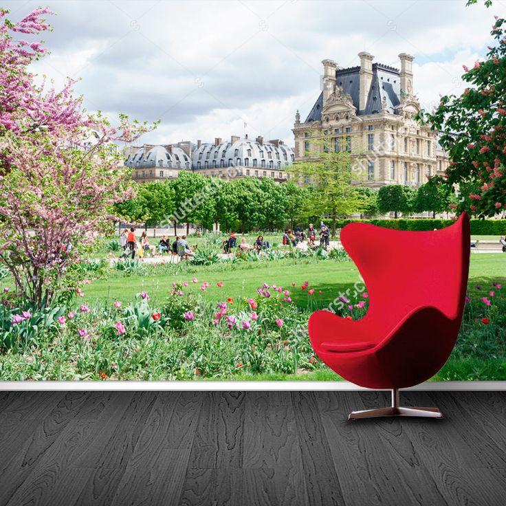 Fotobehang Louvre tuin | Maak het jezelf eenvoudig en bestel fotobehang voorzien van een lijmlaag bij YouPri om zo gemakkelijk jouw woonruimte een nieuwe stijl te geven. Voor het behangen heb je alleen water nodig!   #behang #fotobehang #print #opdruk #afbeelding #diy #behangen #louvre #museum #musea #parijs #frankrijk #europa #architectuur #lente