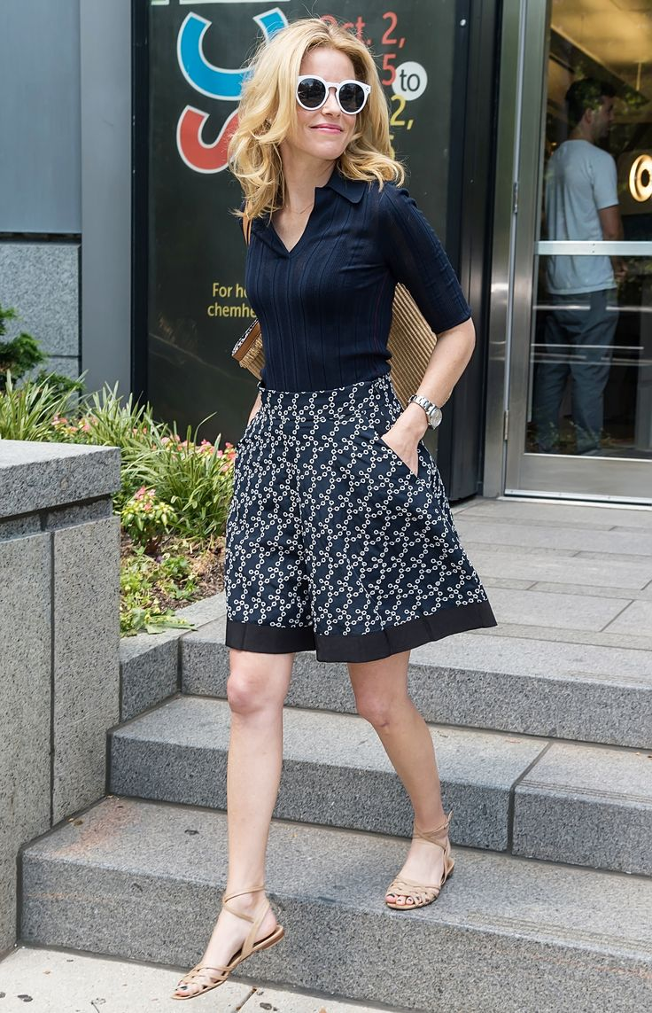 Elizabeth Banks Found an Impeccable Preppy-Chic Look to Wear to the DNC | from InStyle.com