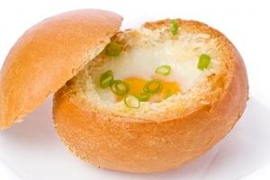 Paas-ontbijt-broodje. Ook lekker als het geen pasen is.