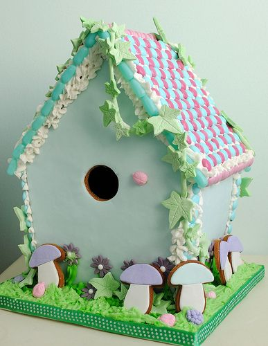 gingerbread house I'm dying to make one of these
