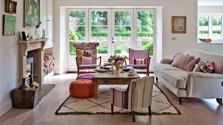Traditional Living Room with Mismatched Chairs