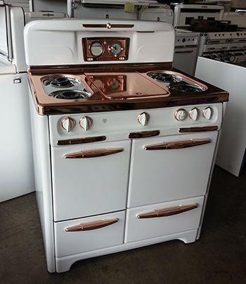 SAVON Appliance - Okeefe and Merritt range - porcelain & copper