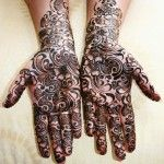 All with their divergent cultures. Mehndi is one of the prominent and defining parts of the Arabic culture.