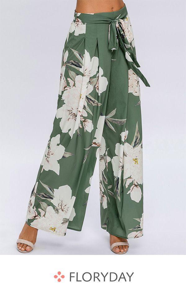 e75fe9c049 Alla ricerca di un paio di pantaloni floreali? | Fashion clothes ...