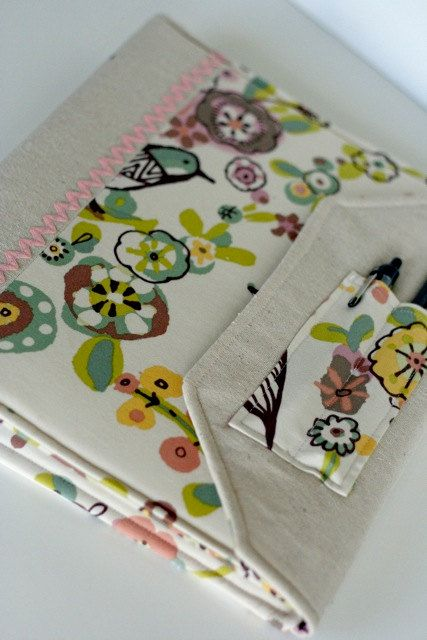 Notebook Slipcover Fabric Covered Binder Abstract Birds and Flowers $26 #backtoschool #binder #etsy