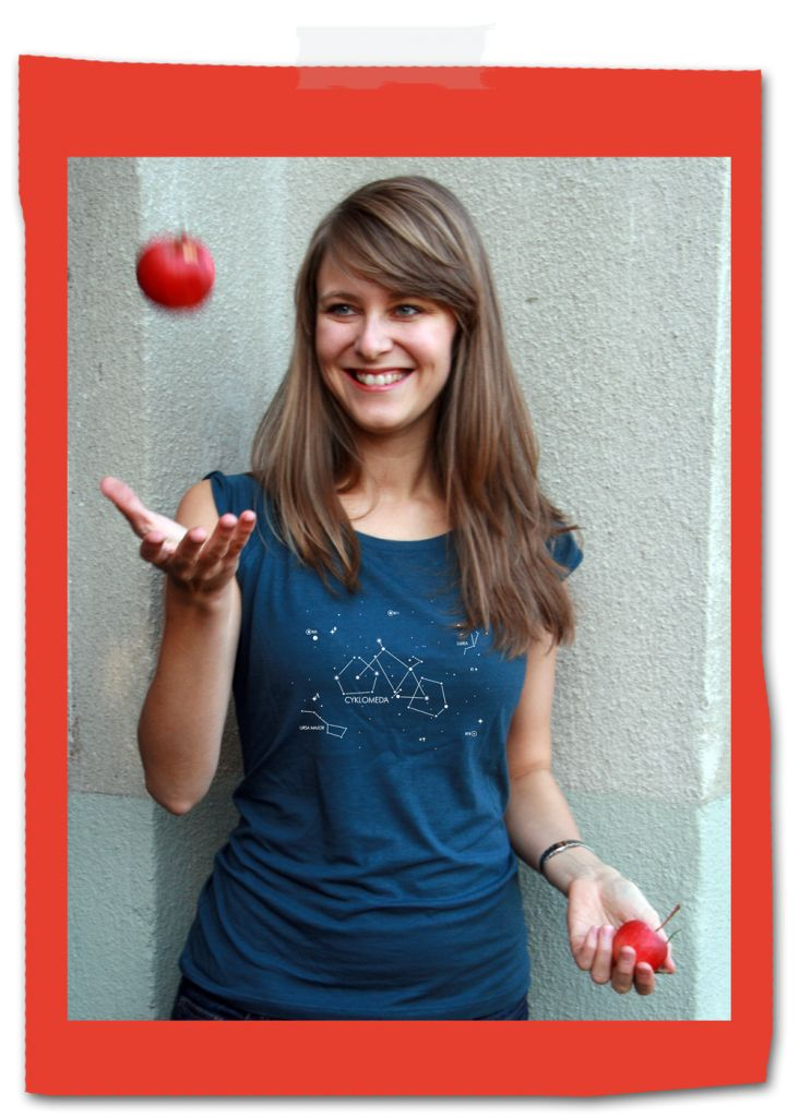 Bike-costellation-Cyklomeda-t-shirt-woman