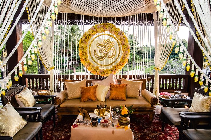 Indian-style wedding of Rasna & Chirayu, Thailand