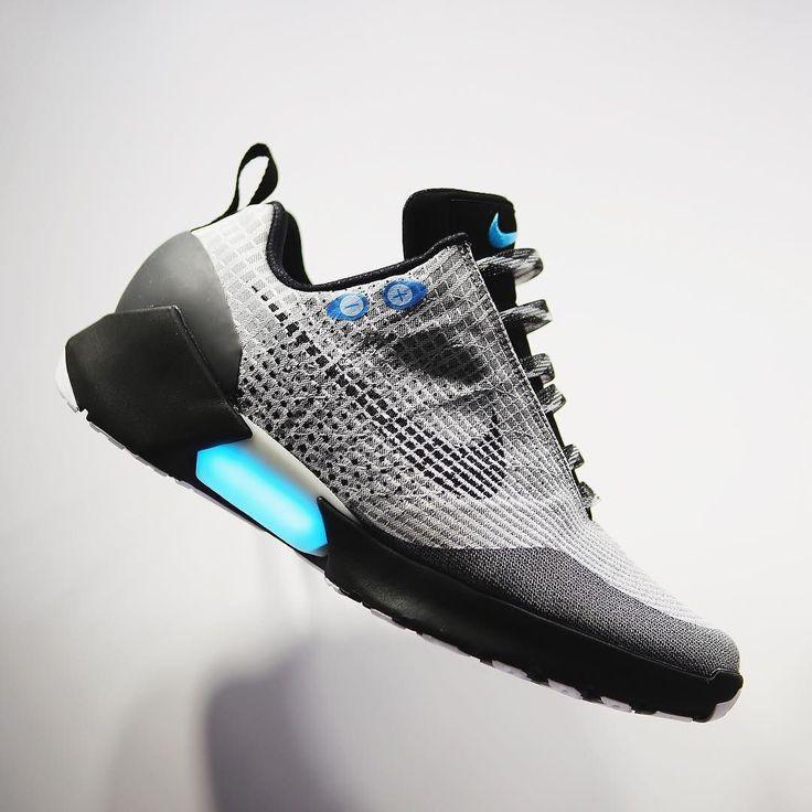 Introducing the auto-lacing @Nike HyperAdapt 1.0 dropping Holiday 2016. Nike  Senior Innovator