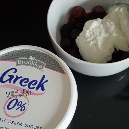 When Aldi does a Fage equivalent at less than half the price I just had to try it... jury's in... Aldi wins... . . . #value #price #priority #greekyogurt #aldi #aldifinds #happiness #health #wellbeing #winning #nutrition #foodpics #foodporn #foodgram #instafood #ibd #crohns #crohnsdisease #fuckyoucrohns #guthealth #glasgow