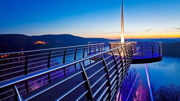 Skywalk Biggeblick at sunset, Attendorn, Sauerland, North-Rhine-Westphalia, Germany (© blickwinkel/Ziese/Zoonar GmbH/Alamy Stock Photo)
