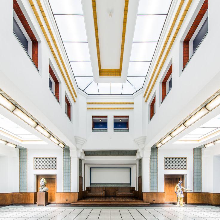 Gemeentemuseum Den Haag   Trivium Art History