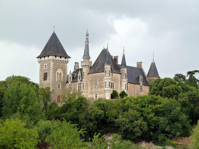 Château dAigné situé sur la commune de Iteuil, Vienne, Poitou Charente, France