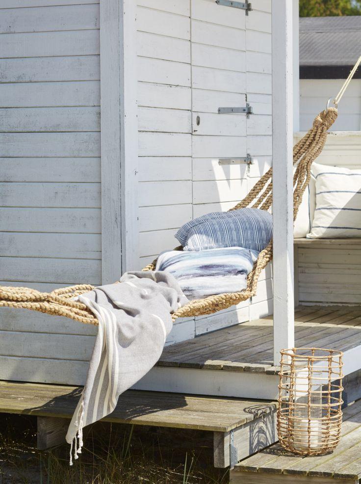 Une cabane sur la mer en Suède
