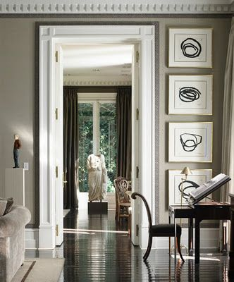 love the dark border accenting white trim! Great contrast of light and dark.