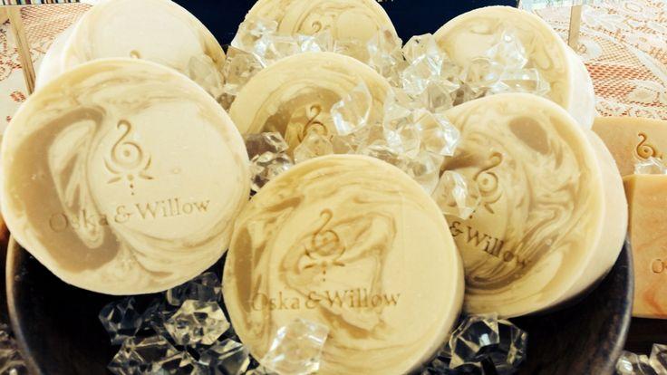 Oska & Willow - Artisan Soaps Fresh creamy goatsmilk soap discs. Made with lashings of skin loving butters and oils here at Oska & Willow on the Sunshine Coast Hinterland, Queensland, Australia. FACEBOOK - OSKA & WILLOW INSTAGRAM - OSKA & WILLOW