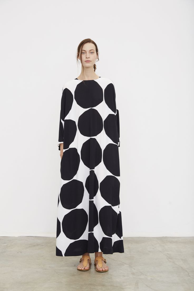 Long robe dress with black spotted print; monochrome fashion // Marimekko Spring 2016