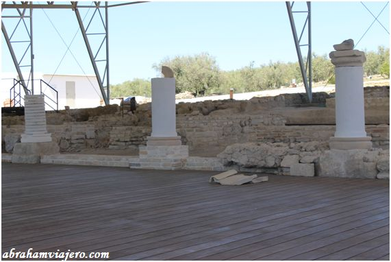 Este asentamiento romano denominado Villa de Fuente Álamo es el más peculiar de la península Ibérica, por sus numerosos e inmejorables mosaicos encontrándose en un magnífico estado de conservación, además posee el único mosaico nilótico conocido hasta...
