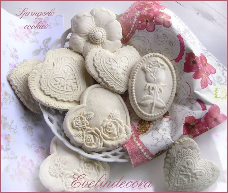 Springerle cookies: ricetta senza burro. Biscotti tedeschi springerle - a tema floreale, ricetta facile, procedimento, consigli. Evelindecora blog biscotti.