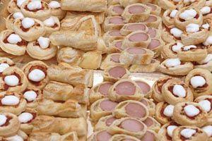 rustici..pizzette.. torta di tramezzini e panini al latte
