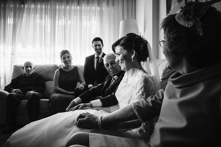 La foto de familia #wedding #boda #fotografiadeboda #weddingphotography #novia http://davidyloreto.com
