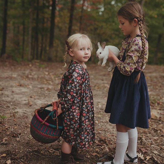 Love this beautiful candid childhood shot by Amelia Hambrook. // Bow by Free Babes Handmade