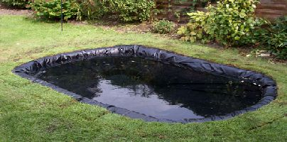With so many varieties of materials available to use in pond liners, it can become a daunting task to choose the right material to suit your particular application. For More Information Visit:- www.fabricsolutions.com.au/swimming-pool-rollers/