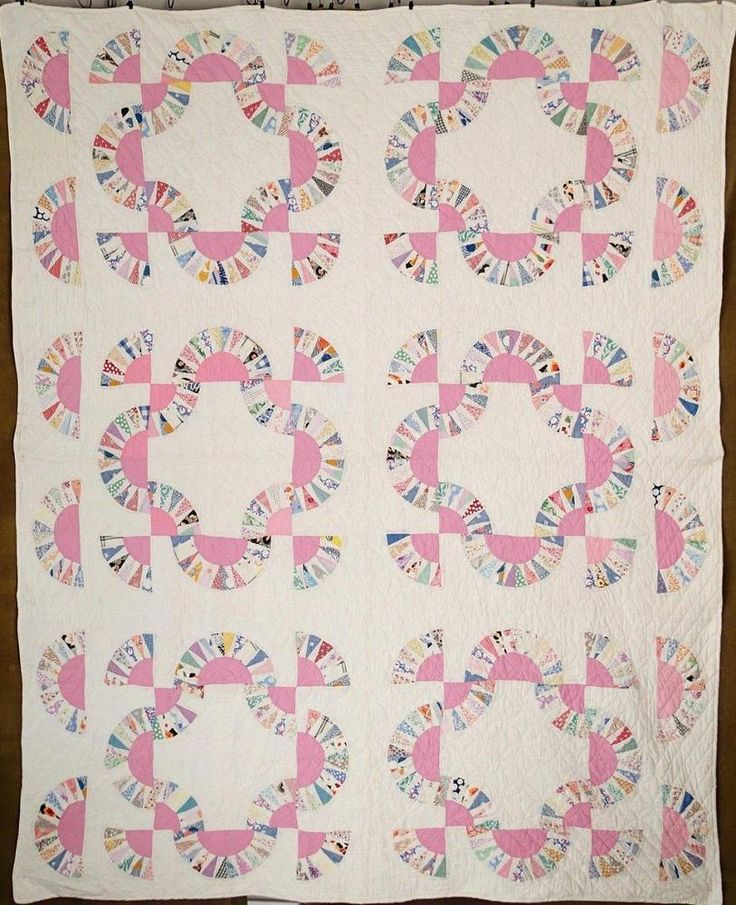 Beautiful VINTAGE 30s Pink + Feedsacks Baby Bunting QUILT Excellent Condition