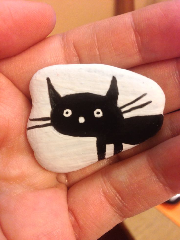 Painted stone - cat