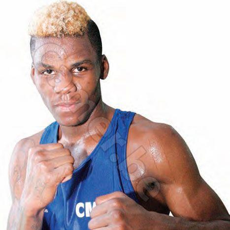 Le boxeur de 18 ans a été désigné par le Comité national olympique et sportif.  Dieudonné Wilfried Seyi est l?élu. Le boxeur a, en effet, ét&e