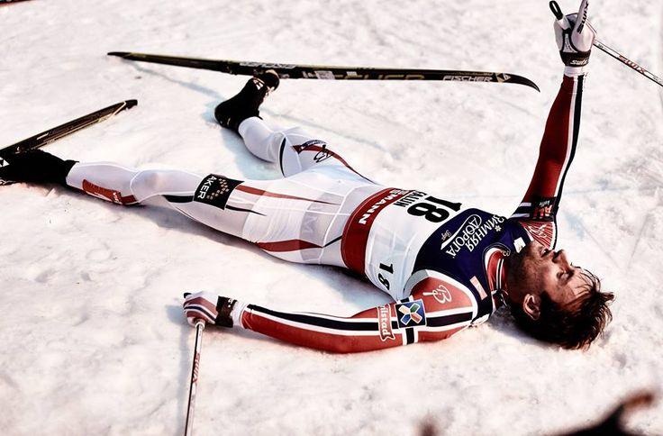 """Pas facile de faire """"chuter"""" Northug  Le Norvégien a fêté jeudi à l'issue d'un sprint mémorable le 10eme titre mondial de sa carrière. Double champion du monde du skiathlon, il sera samedi à Falun le grand favori de l'édition 2015. La start-list ICI... /// http://www.ski-nordique.net/pas-facile-de-faire-chuter-northug.5699904-72348.html"""