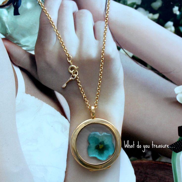 #treasurepods #jewellery #pansy #love