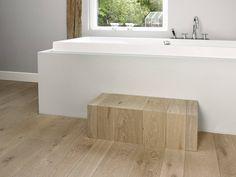 HoutAmbacht Frans eiken plankenvloer in de badkamer | UW-vloer.nl
