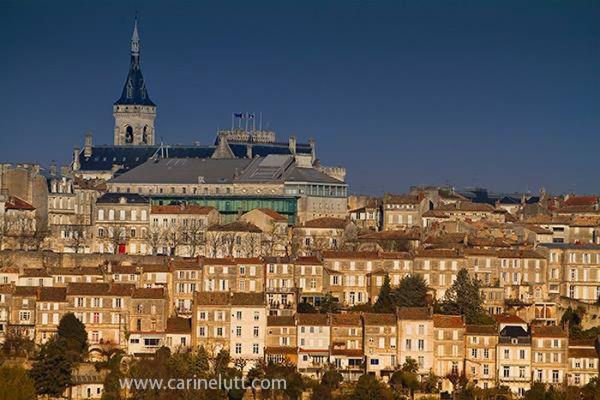 #ville #Angouleme #France #Charente Copyright Carine Lutt