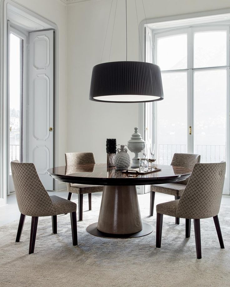 We presented two new #diningrooms in Milano Fair, the second one is.. Judy Dining Room ( and Samantha #chair )  #Controlucehome by @albertafurniture  Judy's architectural lines, combined with a refined selection of finishes, make it an #exclusive #table, suitable to be used in any classic or modern house... For more - www.alberta.it -  #albertamadeinitaly