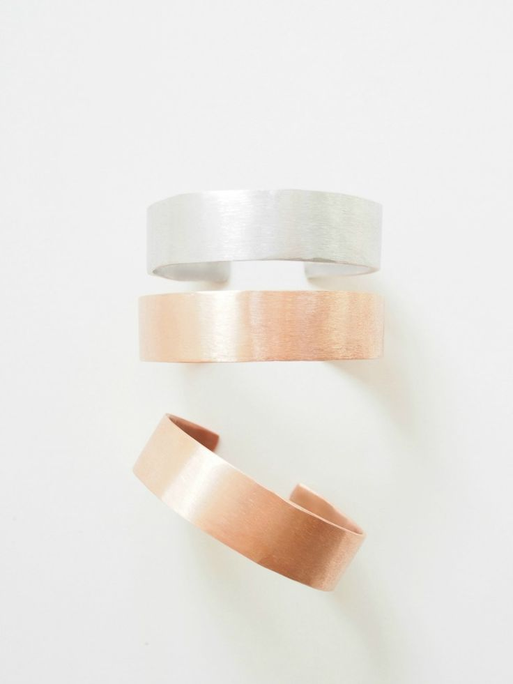 Make your own copper bangels from copper tubes. View the full tutorial on how to make copper bracelets.