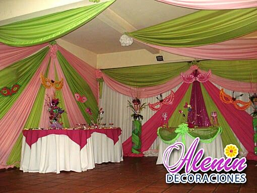 Hermosa decoracion con cortinas all events decorations for Telas para decorar salones