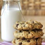 Cookies με ταχίνι, βρώμη και σοκολάτα