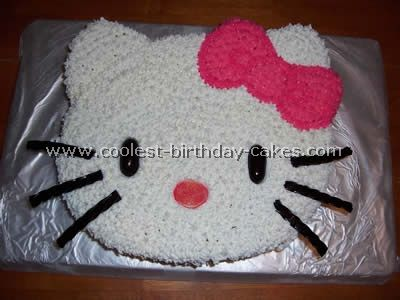 several hello kitty cakes with instructions