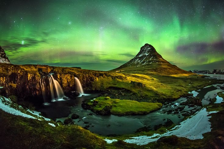 Iceland 8 of the Best Destinations to See the Northern Lights Photos | Architectural Digest