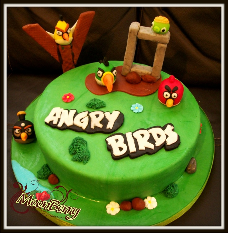 Pastel de angry birds angry birds cake pasteles for Angry birds cake decoration kit