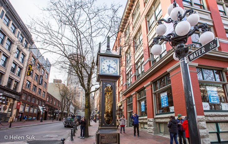 the steam powered clock in gastown vancouver