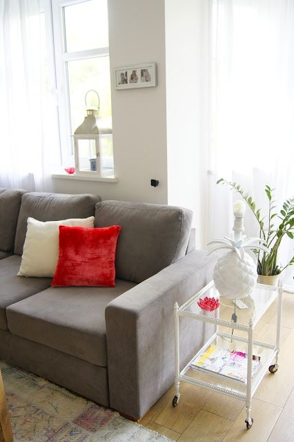 Livingroom with coral