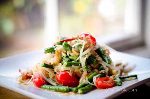 Green Papaya Salad  *Recipe -  Som Tum ส้มตำ Had an Indonesian version years ago, absolutely LOVED it !!